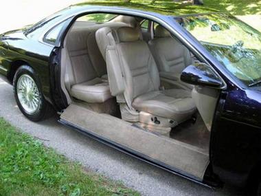 Анекдоты про дверь BMW