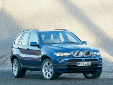 Житель Новосибирска продал свой BMW, а затем угнал его